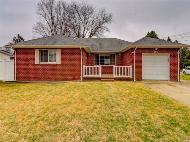 [Deer Park Real Estate, listing number 3049865]