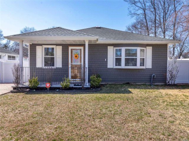 [Patchogue Real Estate, listing number 3049928]