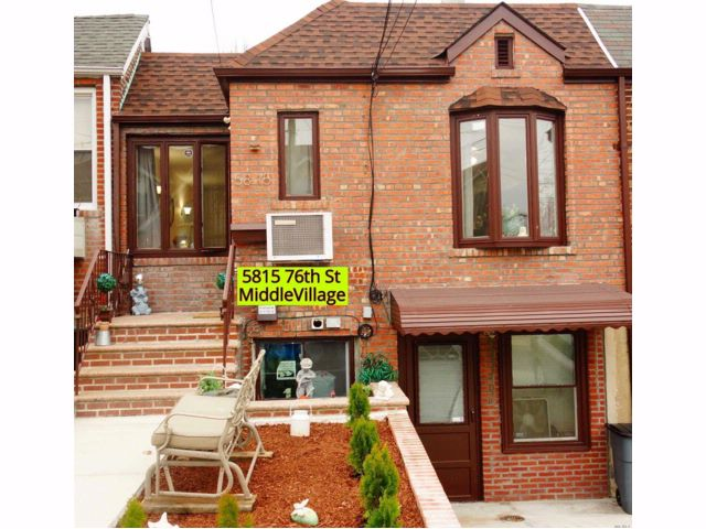4 BR,  3.00 BTH Raised ranch style home in Middle Village