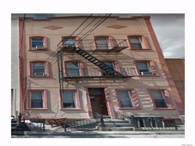 Studio,  0.00 BTH Mixed use style home in Bushwick