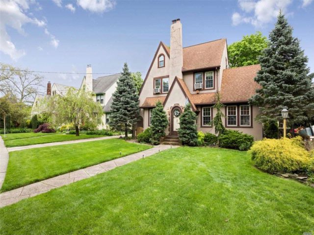 4 BR,  3.00 BTH  Tudor style home in Rockville Centre