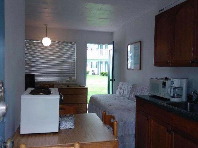 Studio,  1.00 BTH  Condo style home in Southold