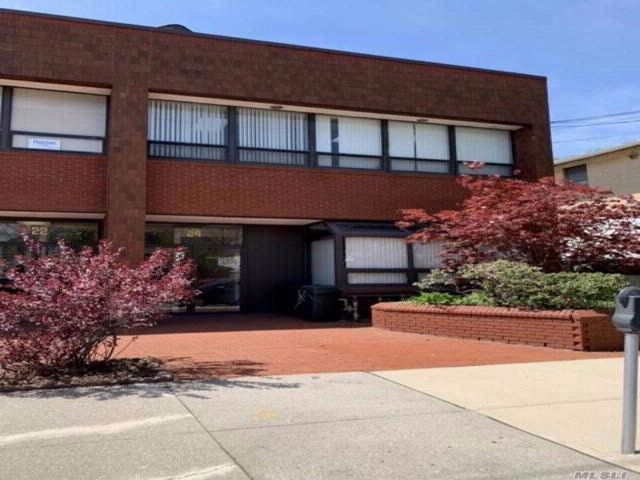 Studio,  0.00 BTH  Office bldg style home in Floral Park