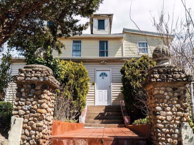 [Glen Cove Real Estate, listing number 3060868]