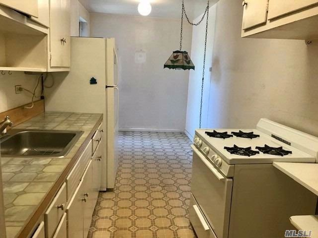 [Woodhaven Real Estate, listing number 3062984]