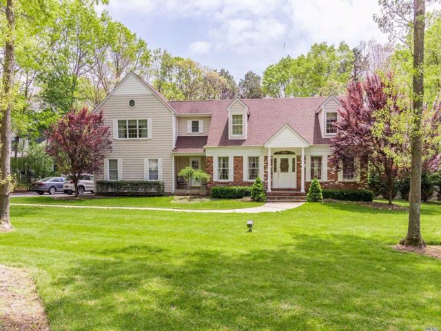 3 BR,  4.50 BTH Colonial style home in Wading River