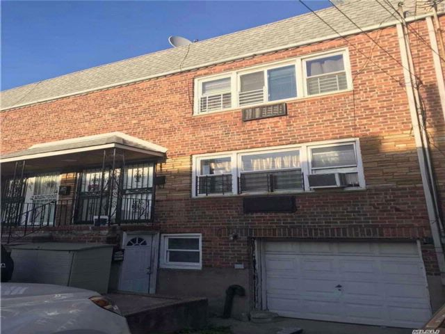 5 BR,  3.00 BTH  Duplex style home in South Ozone Park
