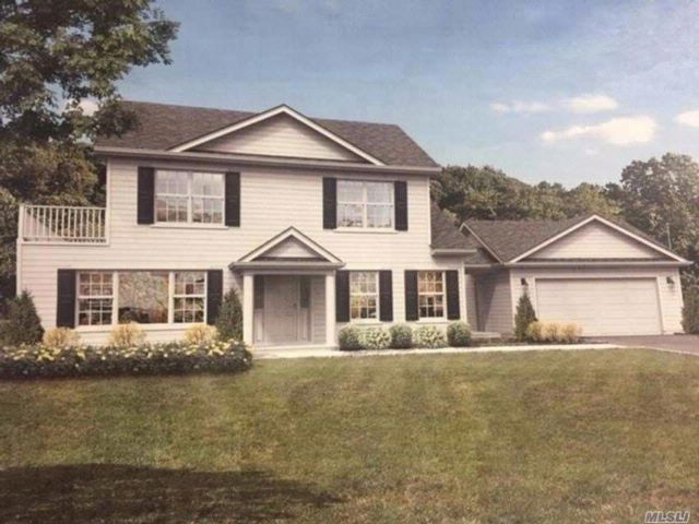 4 BR,  3.00 BTH Colonial style home in Shirley
