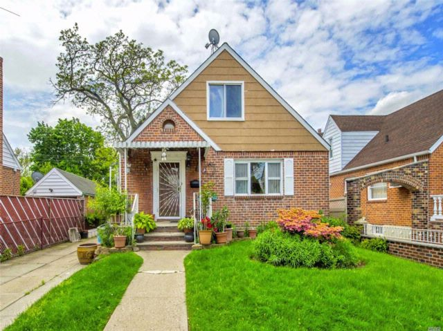3 BR,  1.00 BTH  Cape style home in Fresh Meadows