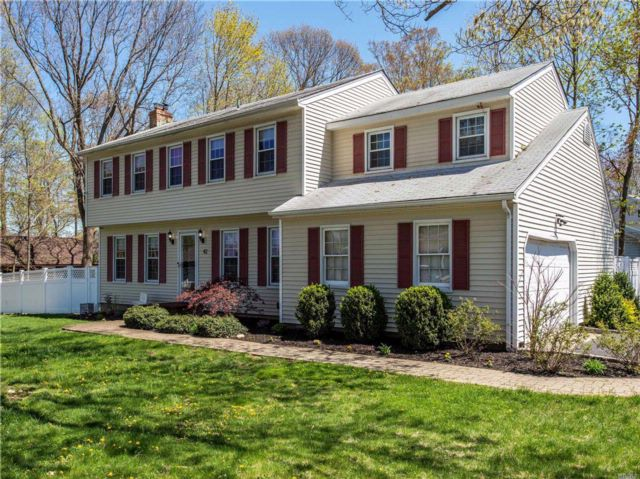 4 BR,  2.50 BTH  Colonial style home in Miller Place
