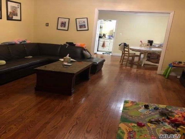 3 BR,  1.50 BTH Colonial style home in Little Neck
