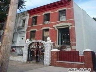 6 BR,  2.50 BTH  Colonial style home in Mott Haven