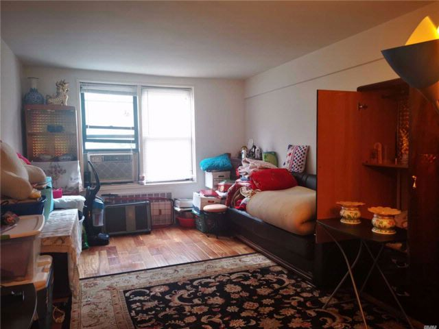 2 BR,  1.50 BTH  Co-op style home in Jackson Heights