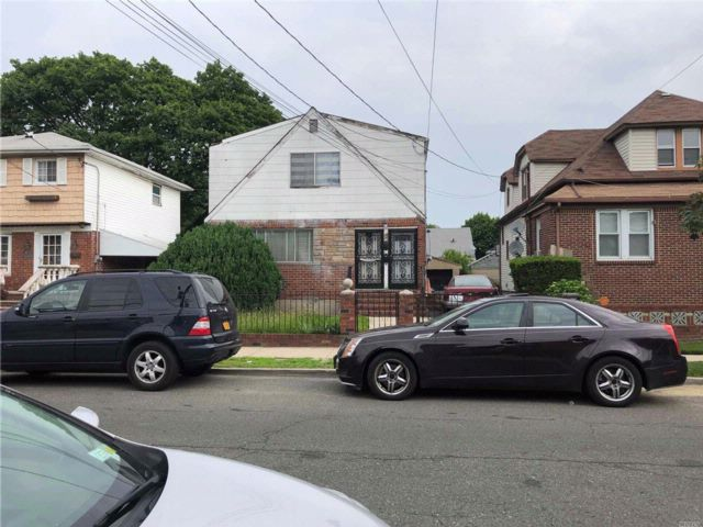 [Rochdale Real Estate, listing number 3068825]