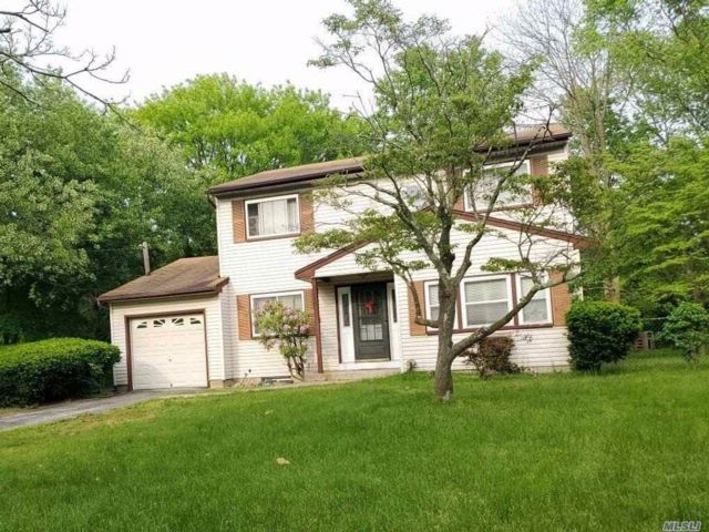 [Central Islip Real Estate, listing number 3069207]