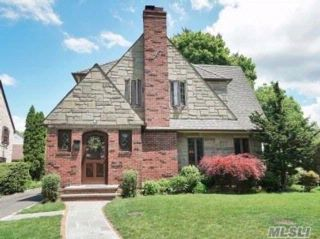 4 BR,  3.50 BTH  Tudor style home in Manhasset