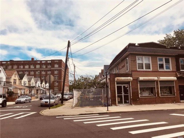 [Queens Village Real Estate, listing number 3075048]
