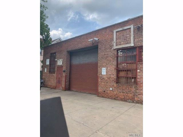 Studio,  0.00 BTH  Warehouse style home in Fresh Meadows