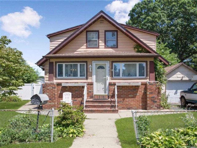 [Wantagh Real Estate, listing number 3075520]