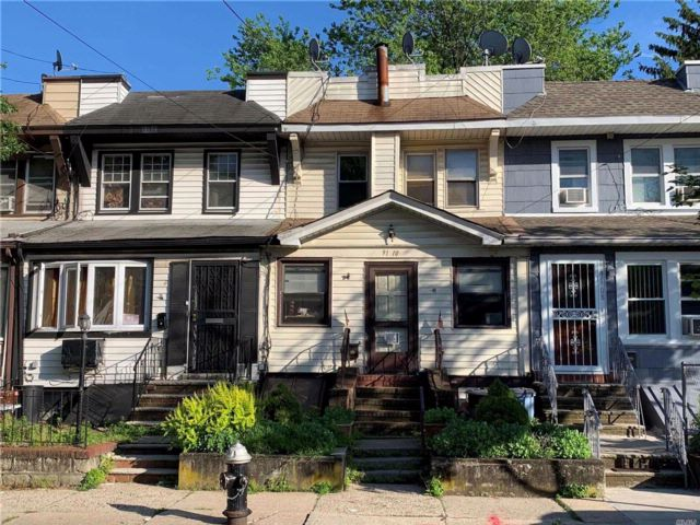[Woodhaven Real Estate, listing number 3075624]