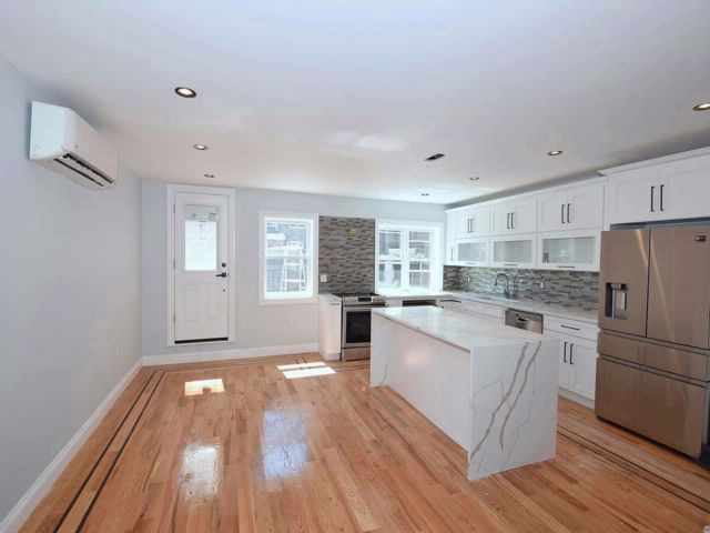 [Rego Park Real Estate, listing number 3076114]