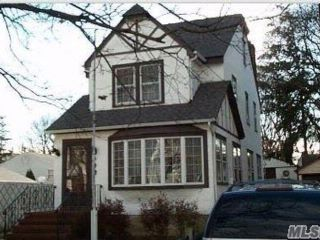 4 BR,  2.50 BTH  Colonial style home in West Hempstead