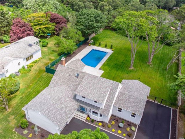 4 BR,  3.50 BTH Farmhouse style home in East Patchogue
