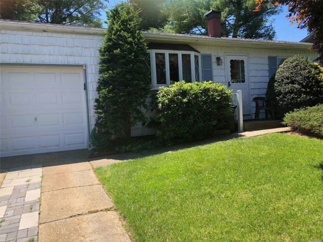 [Islip Terrace Real Estate, listing number 3076410]