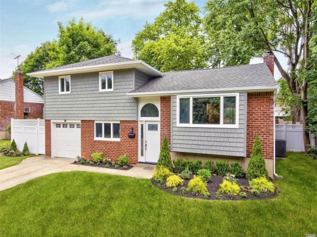 [Old Bethpage Real Estate, listing number 3076479]
