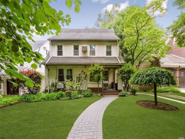 4 BR,  2.50 BTH  Colonial style home in Kew Gardens