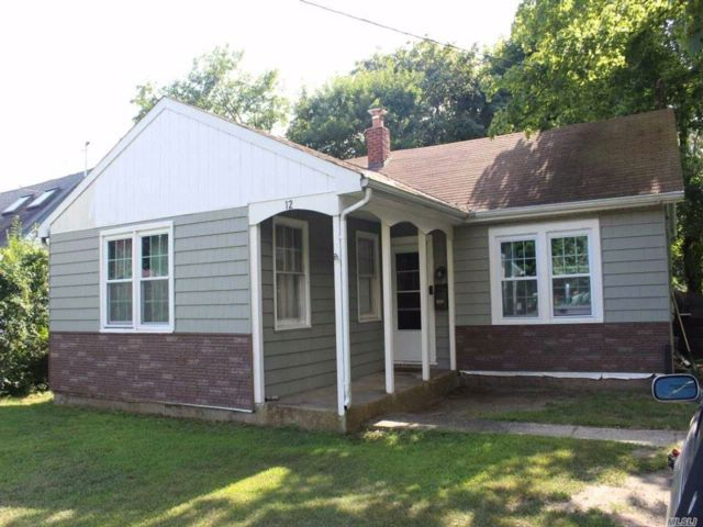 3 BR,  1.50 BTH  Ranch style home in Blue Point