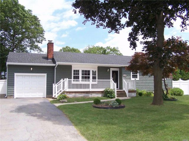 [Patchogue Real Estate, listing number 3080993]