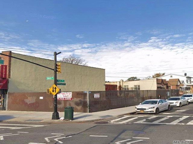 [Maspeth Real Estate, listing number 3081541]