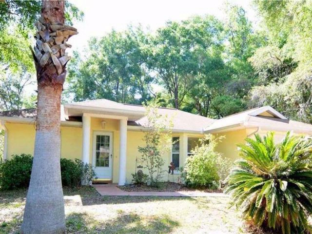 2 BR,  2.00 BTH Ranch style home in Inverness