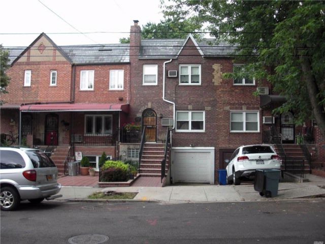 [Maspeth Real Estate, listing number 3082325]