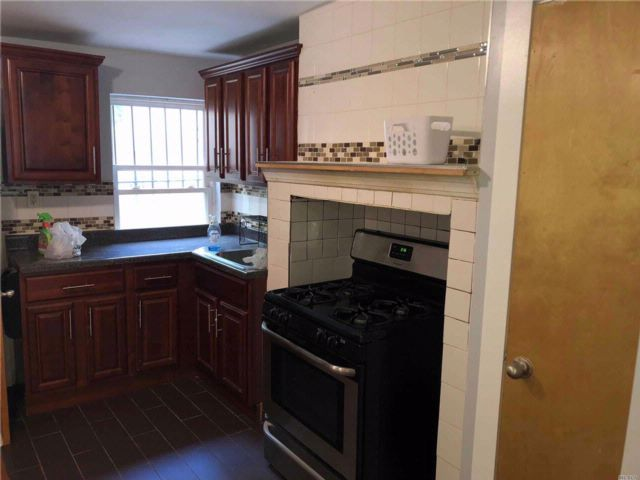 1 BR,  1.00 BTH  Colonial style home in Bushwick