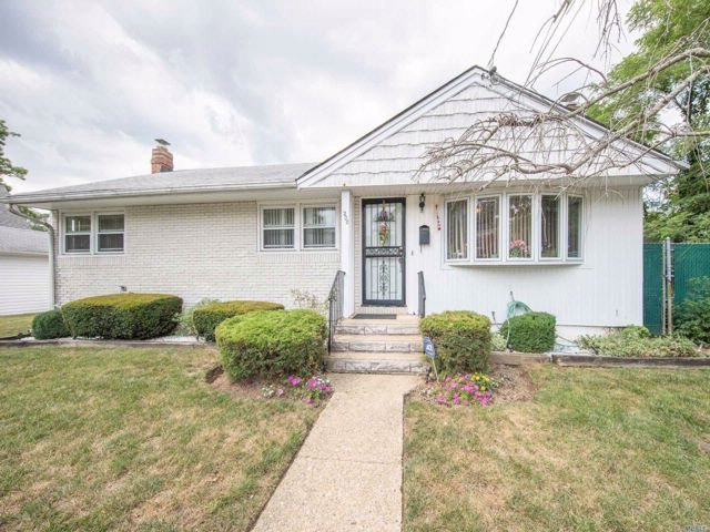 3 BR,  2.00 BTH Ranch style home in Roosevelt