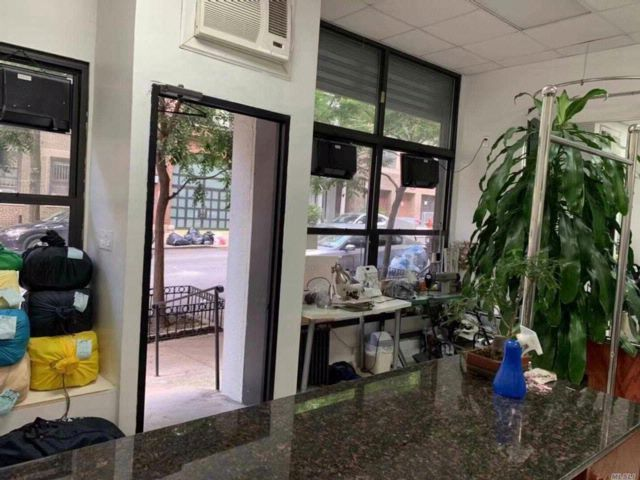 [NYC - Park Avenue Real Estate, listing number 3083668]