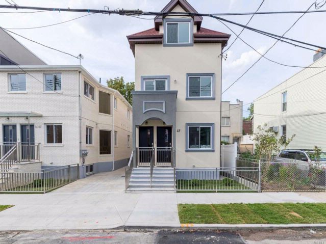 [Maspeth Real Estate, listing number 3083802]