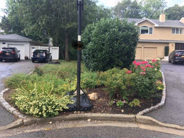 [Syosset Real Estate, listing number 3084007]