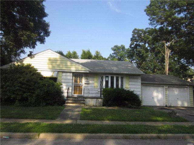 3 BR,  1.00 BTH Ranch style home in Roosevelt