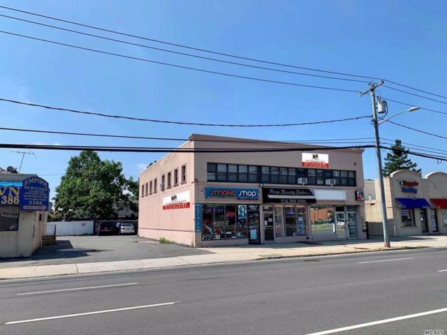 [East Meadow Real Estate, listing number 3084451]