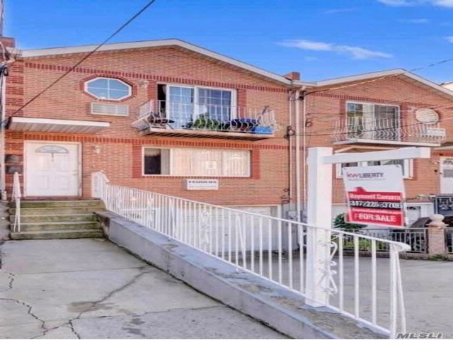 4 BR,  2.00 BTH  Other style home in Canarsie