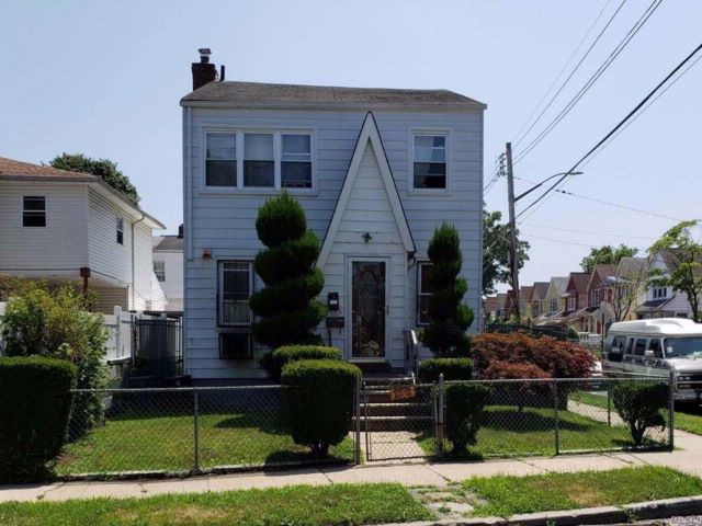 4 BR,  2.50 BTH  Colonial style home in South Ozone Park