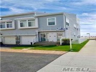 1 BR,  1.00 BTH  Apt in house style home in Arverne
