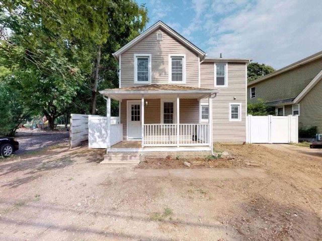 3 BR,  2.50 BTH Colonial style home in East Patchogue