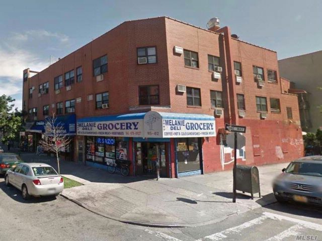 Studio,  0.00 BTH Mixed use style home in Jackson Heights