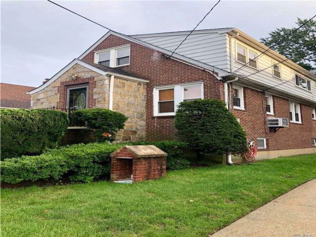 [Lynbrook Real Estate, listing number 3087699]