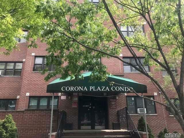 [Corona Real Estate, listing number 3088215]