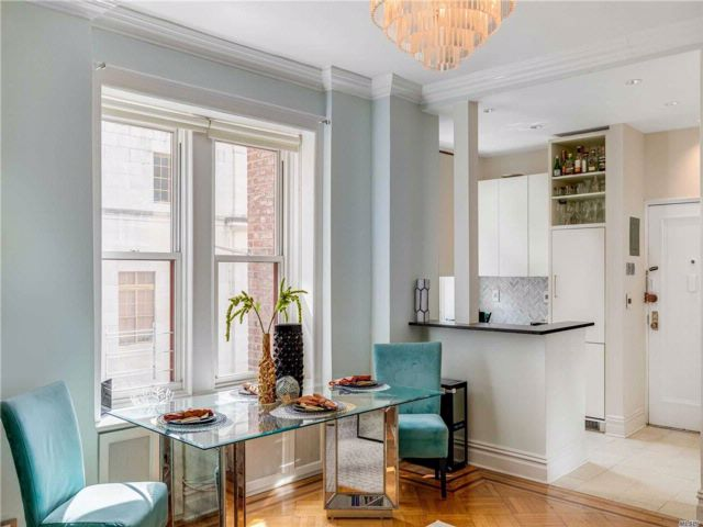 2 BR,  1.00 BTH  Co-op style home in Brooklyn Heights